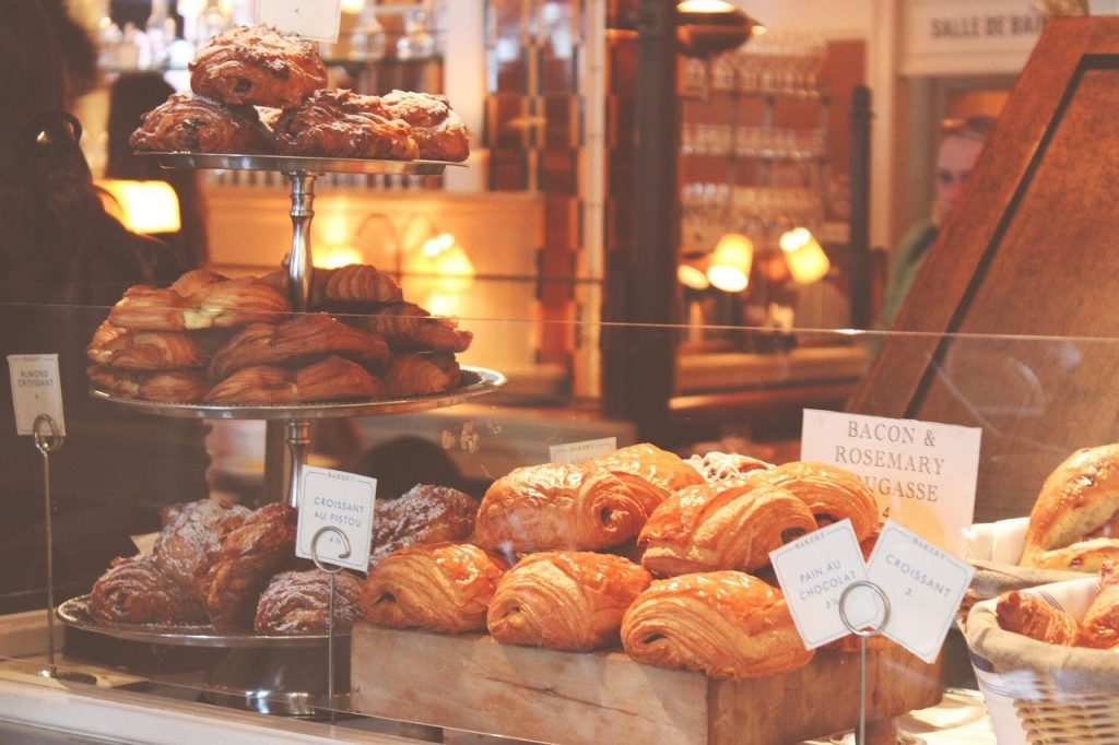 baked goods, croissants, puff pastry